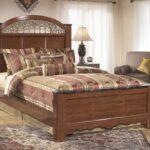 кровать дерево