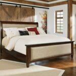 кровать широкая