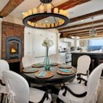 круглый стол фото интерьера