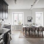 кухонные шкафы до потолка классические