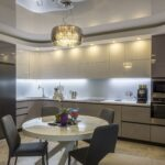 кухонные шкафы до потолка кофейные