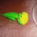 цветок одуванчика своимируками