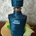 декор бутылки атласной лентой