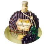 бутылка с виноградом
