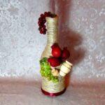 бутылка с фруктами