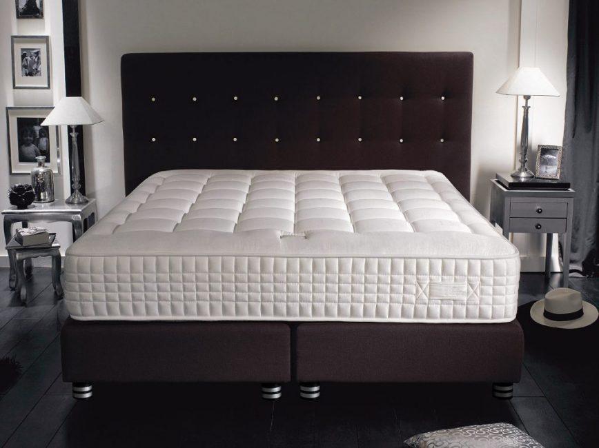 матрас для двуспальной кровати дизайн