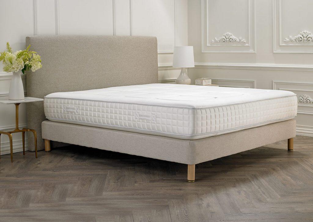 матрас для двуспальной кровати идеи