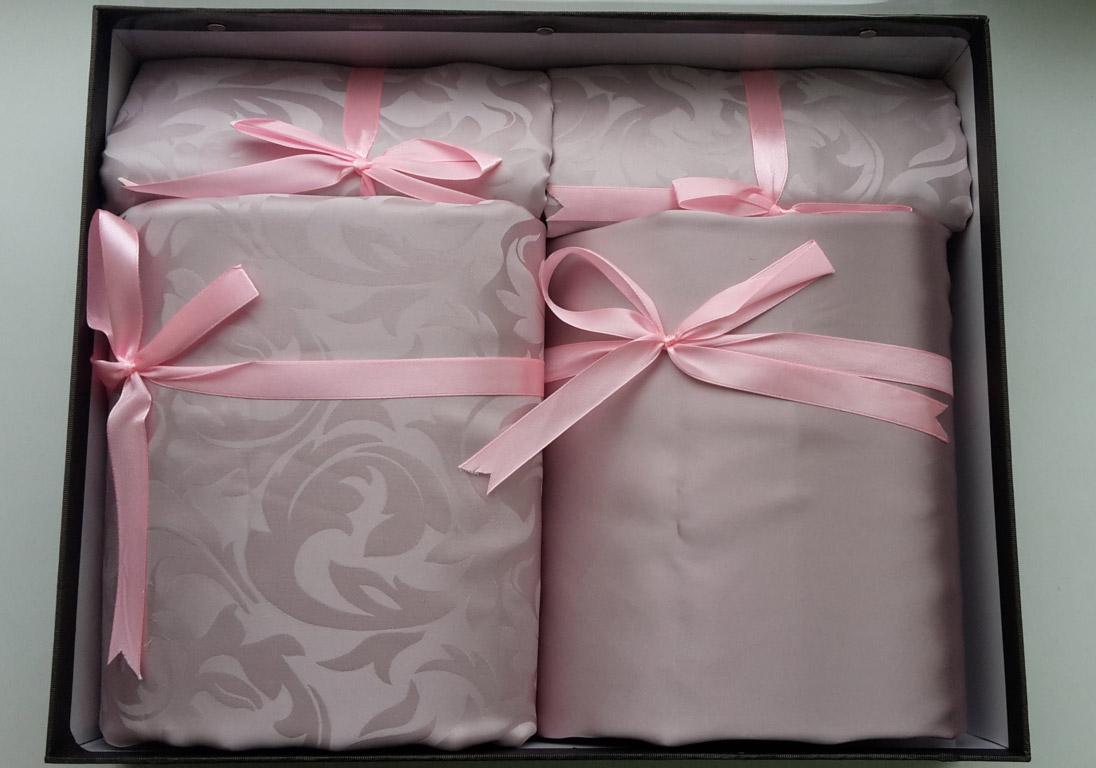 постельное бельё в подарок