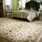 прикроватный коврик для спальни виды оформления