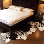 прикроватный коврик для спальни интерьер идеи