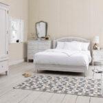 прикроватный коврик для спальни фото виды