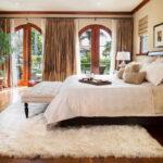 прикроватный коврик для спальни виды