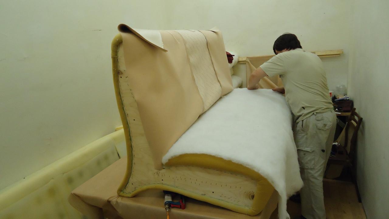 замена поролона для дивана - как правильно сделать