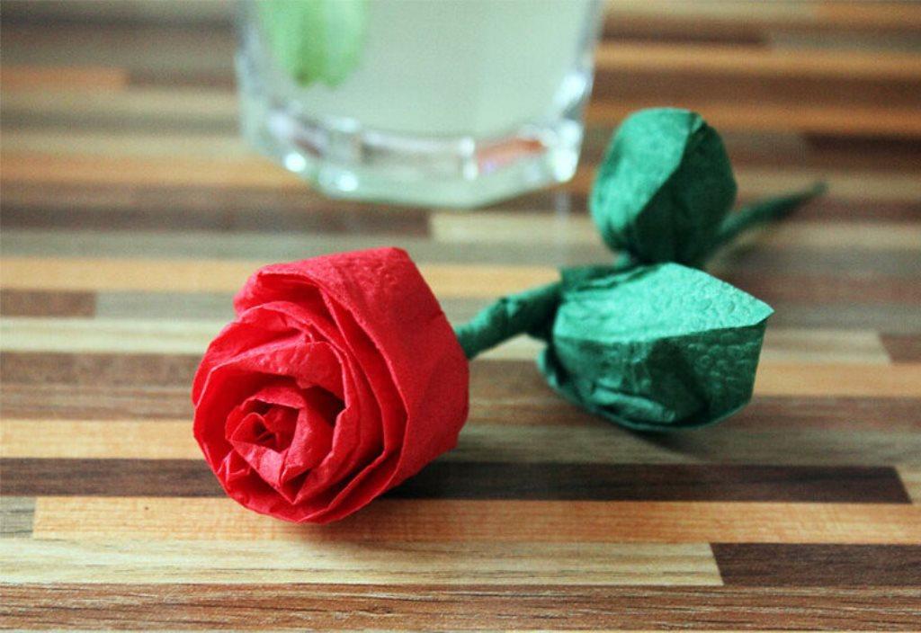 роза из салфеток своими руками дизайн