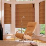 бамбуковые шторы с креслом