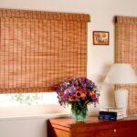 бамбуковые шторы с букетом