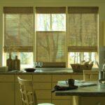 бамбуковые шторы зеленые на кухне