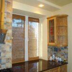 бамбуковые шторы на кухне узкие