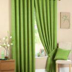зеленые шторы однотон