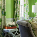 зеленые шторы листы