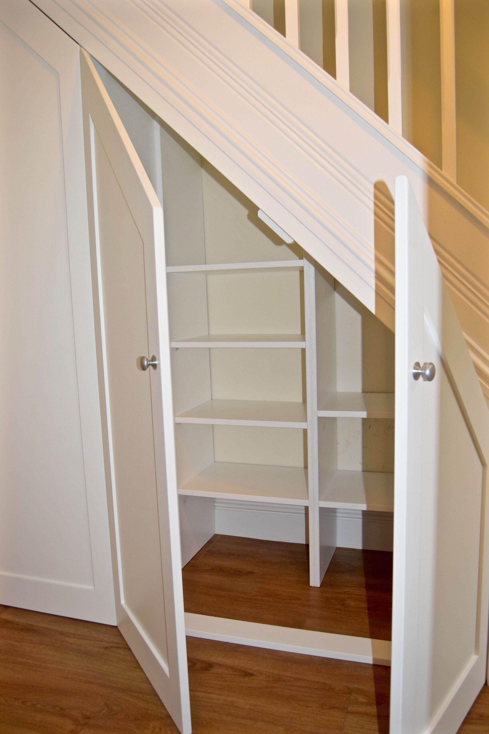 внутренняя поверхность шкафа