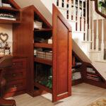 шкаф под лестницей деревянный