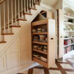 шкаф под лестницей выдвижной для посуды