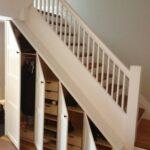 шкаф под лестницей белый с дверями