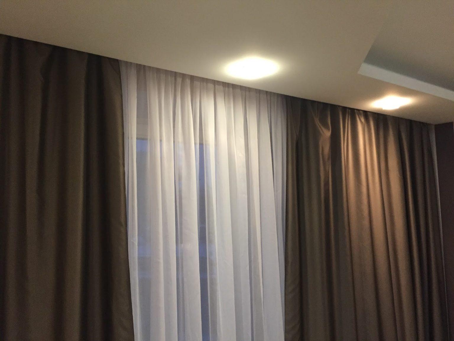 шторы на скрытом карнизе оформление