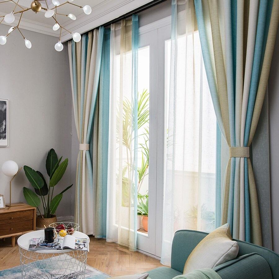 двухслойные полосатые шторы
