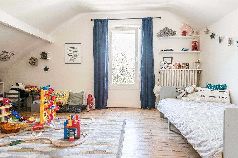 синие шторы для детской