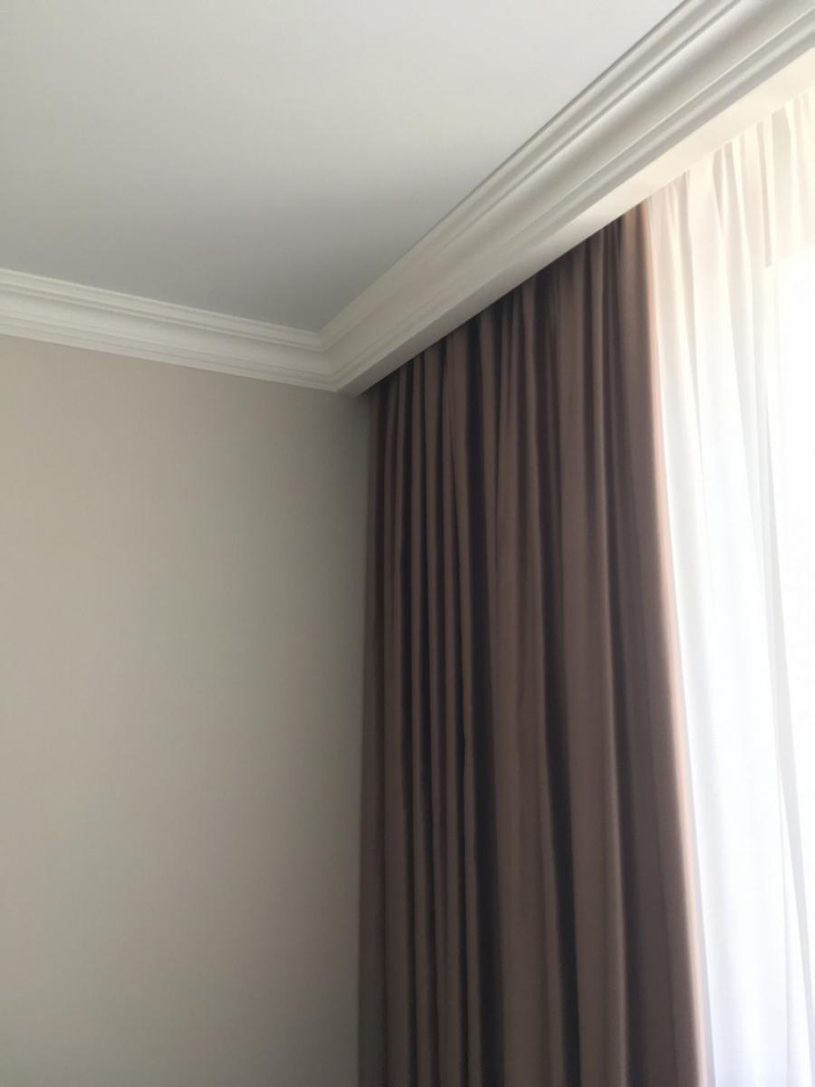 Гардины для штор под натяжной потолок фото