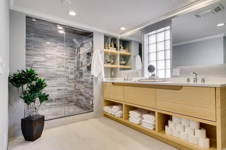 стеллаж в ванной комнате