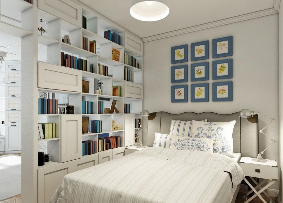 спальня со стеллажами