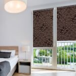 рулонные шторы коричневые с рисунком