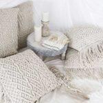 тунисская вязка белые подушки