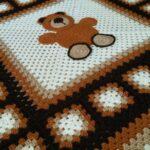 тунисская вязка ковер с медведем