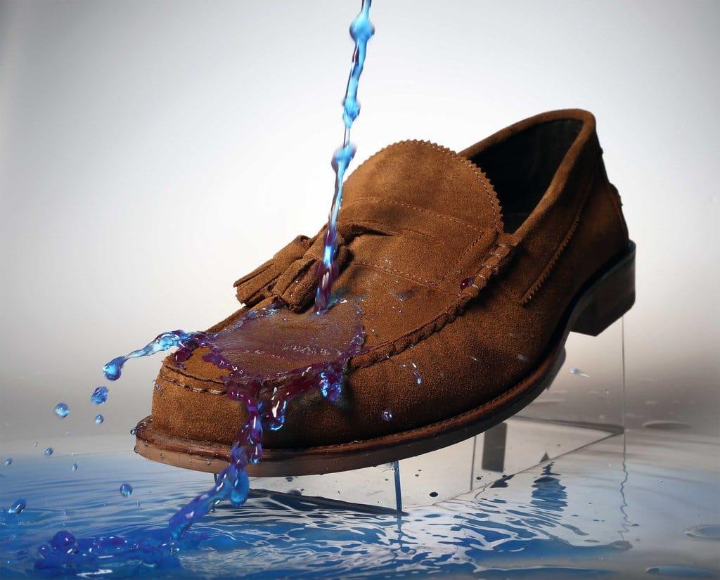 пропитка для замшевой обуви