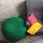 подушки вязаные с пуфом
