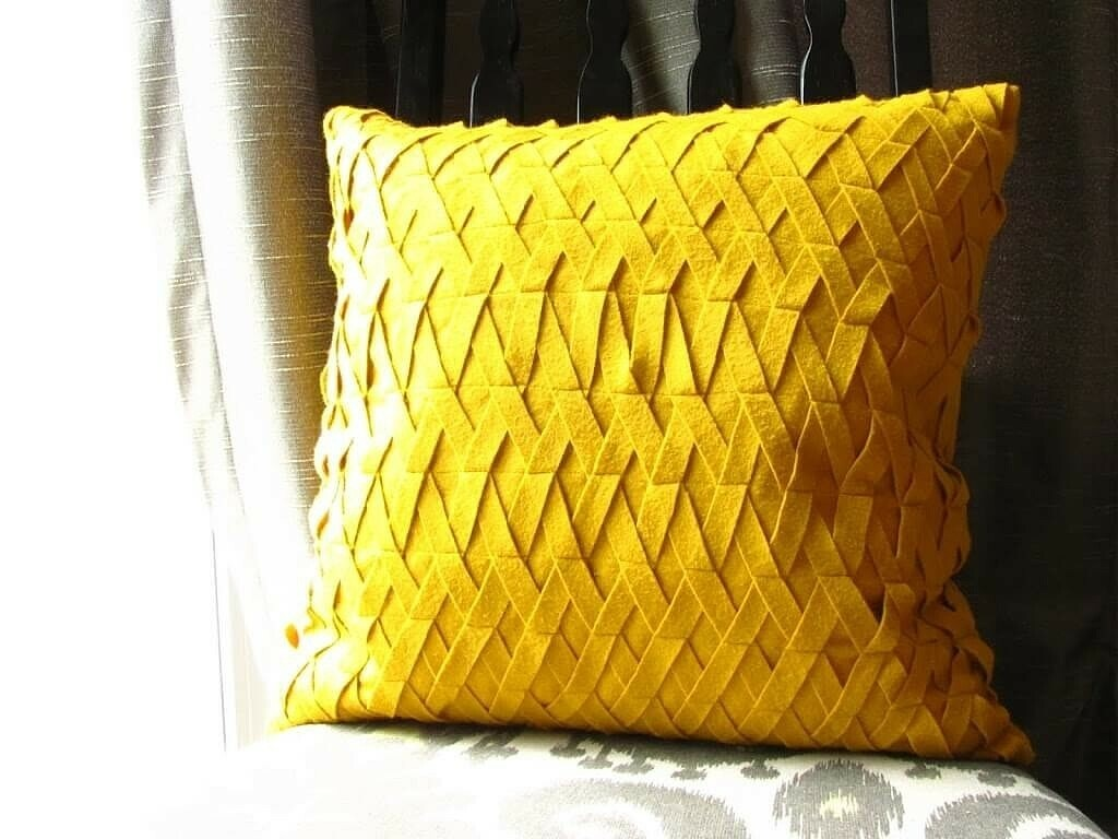 подушки простой формы