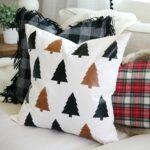 декоративная подушка с елками