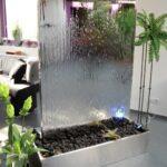 водопад из стекла