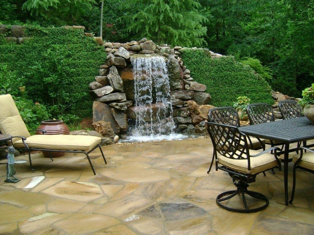 место для водопада на даче