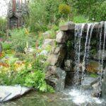 декоративный водопад высокий