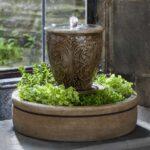 декоративный водопад в вазе