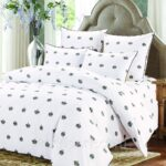 строгое сатиновое постельное белье
