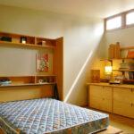 откидная кровать в шкафу фото декор
