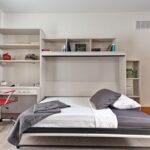 откидная кровать в шкафу фото интерьера