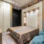 откидная кровать в шкафу дизайн фото