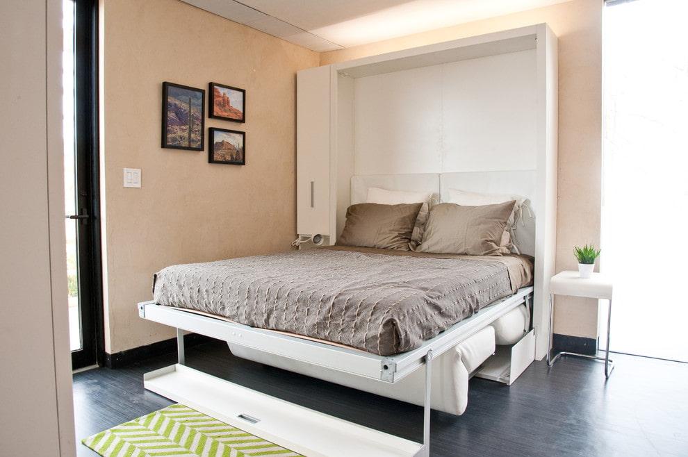 откидная кровать встроенная в шкаф фото